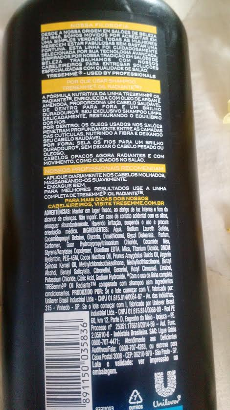 Cabelos Femininos | Shampoo Tresemmé Oil Radiante Post