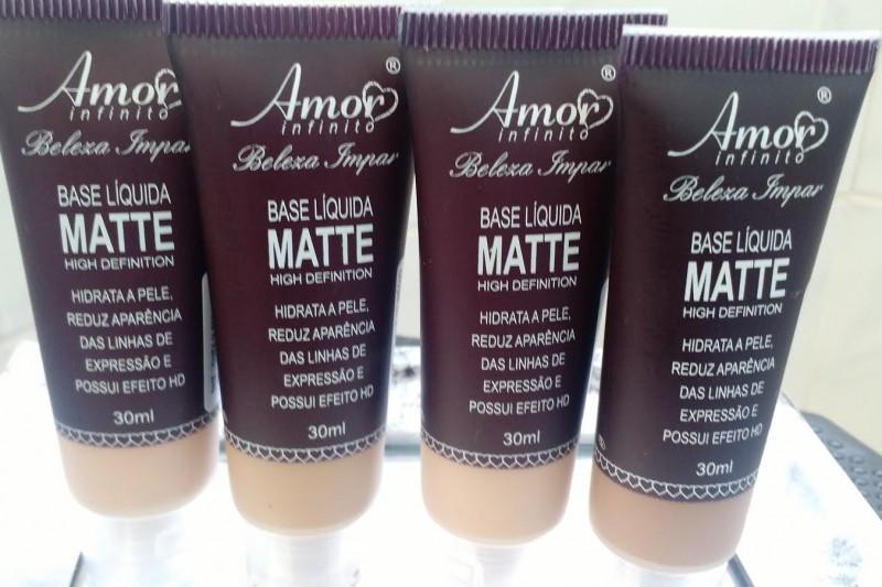 Maquiagem Pele Negra | Base Líquida Matte Amor Infinito Capa