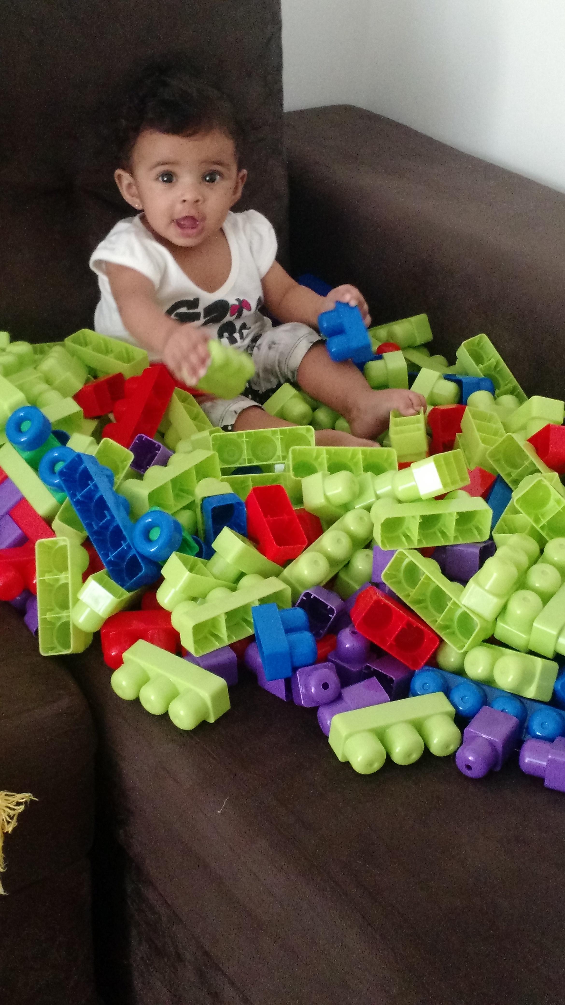 Dicas De Presentes | Vitrine De Natal Dismat Brinquedos Blocos