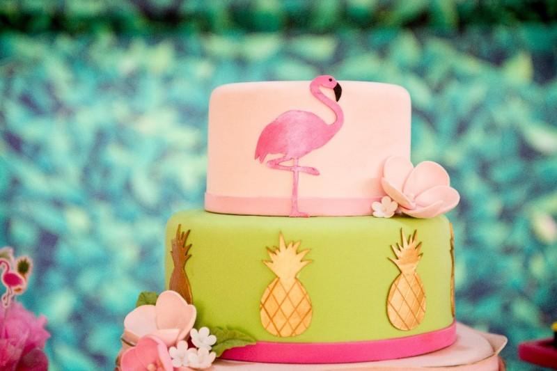 Um Ano Da Lívia | Decoração De Flamingo Bolo
