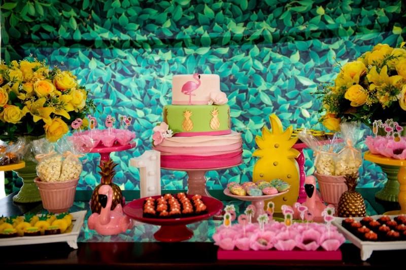 Um Ano Da Lívia | Decoração De Flamingo Up And Join