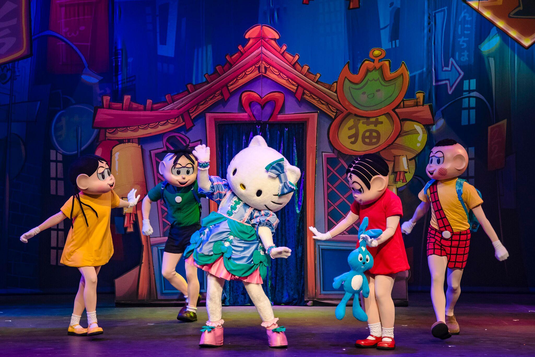 Teatro Infantil Em Campinas | Turma Da Mônica E Hello Kitty